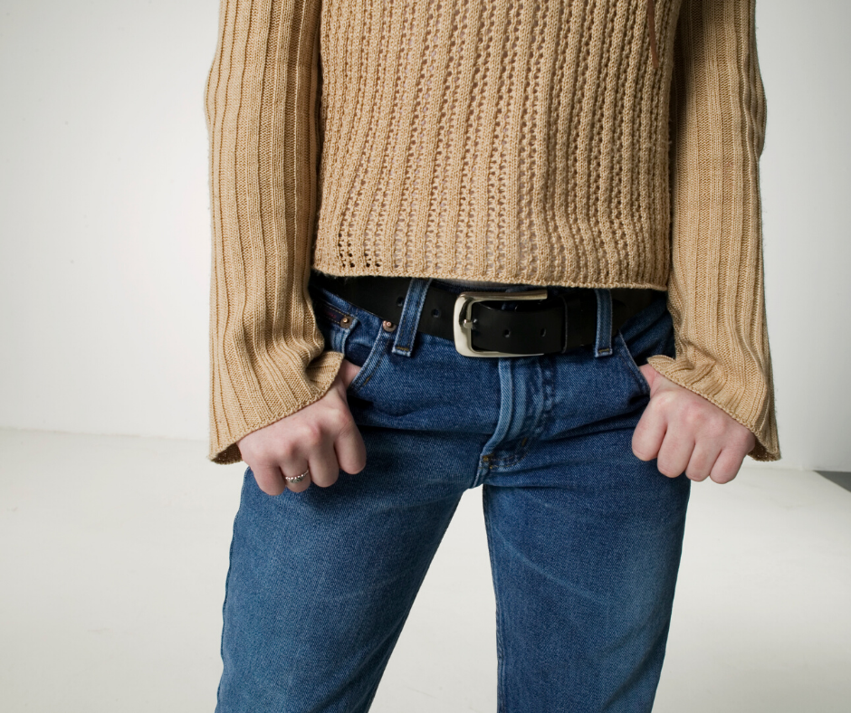Here's how to find the perfect pair of jeans for your body, what to watch out for, and what to keep in mind.