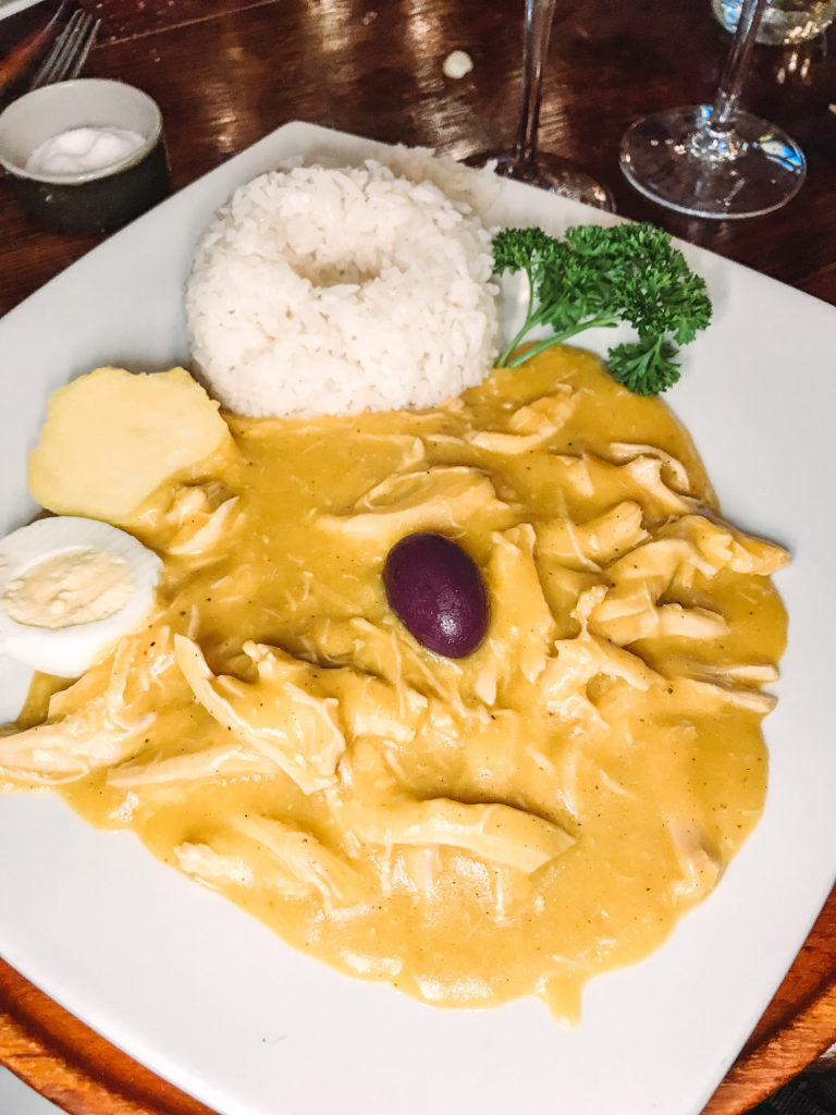 Planning a trip to Peru? Here's a complete guide to help you know what and where to eat in Lima! From ceviche to lomo saltado, discover why Peruvian cuisine is one of the best.
